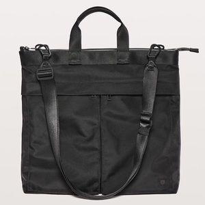 RARE Lululemon Commission Bag!